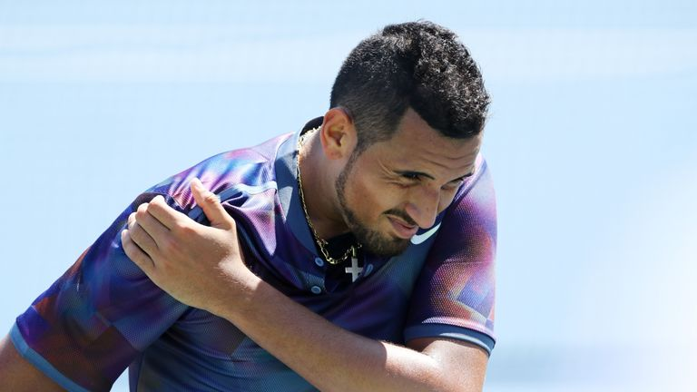 US Open 2017: Nick Kyrgios beaten as Grigor Dimitrov eases through