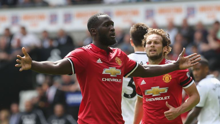 Romelu Lukaku celebrates after scoring for Manchester United against Swansea