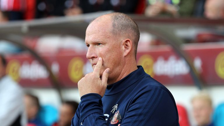 Sunderland manager Simon Grayson was proud of his side's character but felt they deserved more form the referee