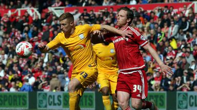Eoin Doyle is mulling over a move to Plymouth