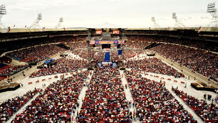 80,355 fans packed out Wembley Stadium back in 1992 to create one of the biggest events in WWE history.
