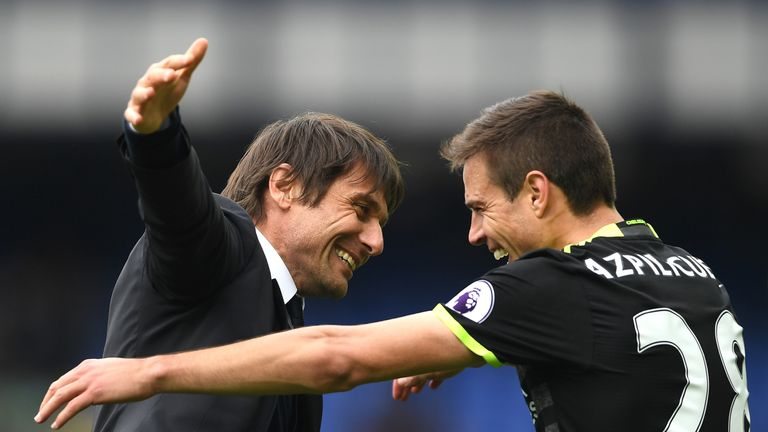"Antonio Conte says it is ""a dream"" to coach Cesar Azpilicueta"