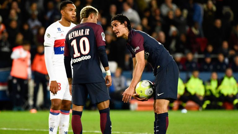 Edinson Cavani and Neymar reportedly fell out after disputing who should take a penalty against Lyon in September