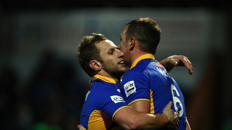 Danny McGuire (R) celebrates with Rob Burrow