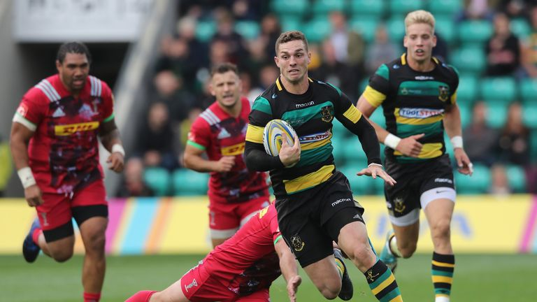 George North  breaks clear for Saints