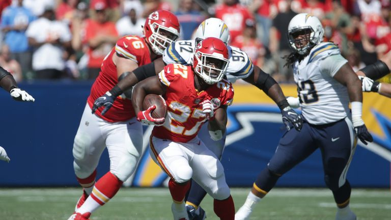 CARSON, CA - SEPTEMBER 24:  Kareem Hunt #27 of the Kansas City Chiefs runs the ball during the game against the Los Angeles Chargers at the StubHub Center