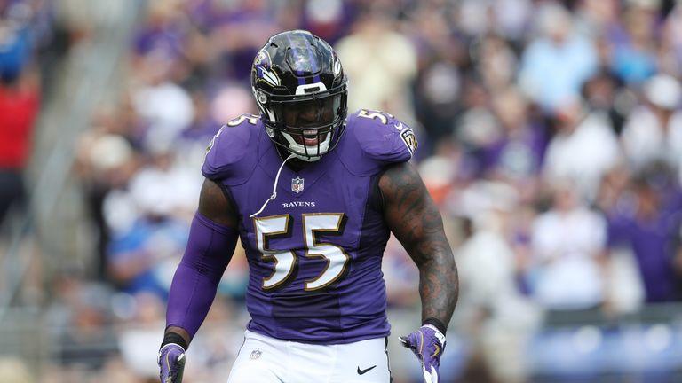 BALTIMORE, MD - SEPTEMBER 17: Outside linebacker Terrell Suggs #55 of the Baltimore Ravens of the Baltimore Ravens reacts against the Baltimore Ravens in t