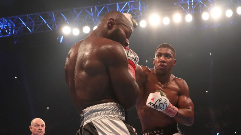 Joshua beat Takam with a 10th-round stoppage