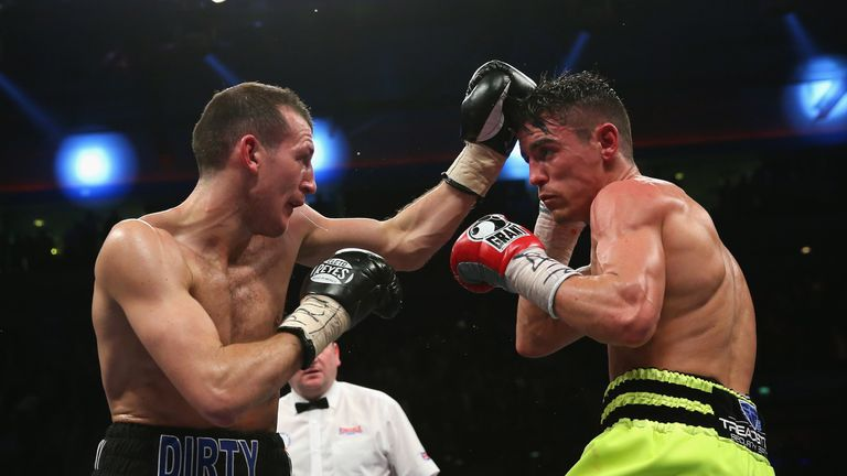 Derry Mathews defeated Crolla in 2012, then was held to a draw in the 2013 rematch