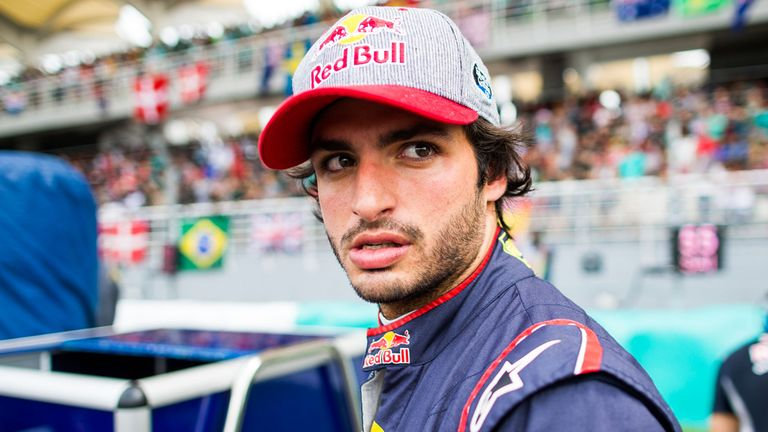 Sainz to replace Palmer at Renault from COTA