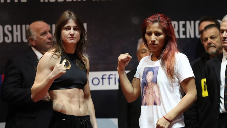 Katie Taylor And Anahi Sanchez At Weigh in 2017