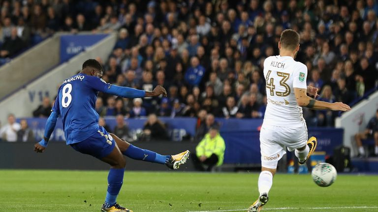 Kelechi Iheanacho equalises for Leicester