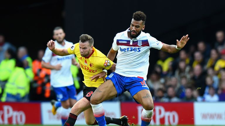 Eric Maxim Choupo-Moting competes for the ball with Tom Cleverley