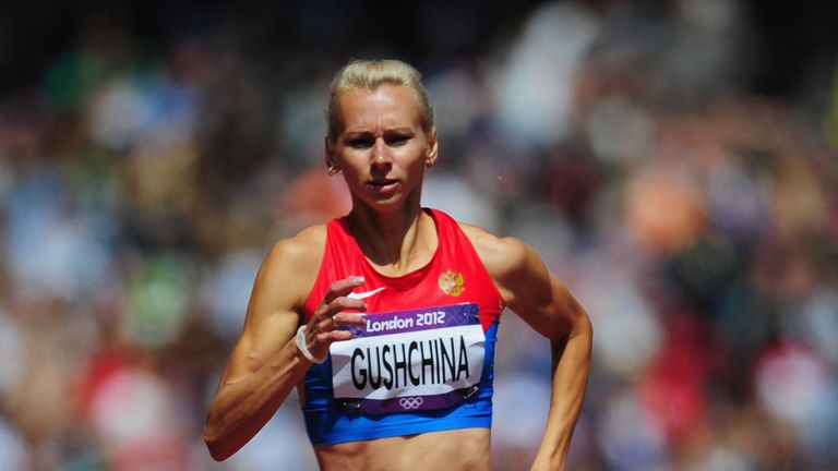 Yulia Gushchina won silver with Russia in the 4x400m relay at London 2012