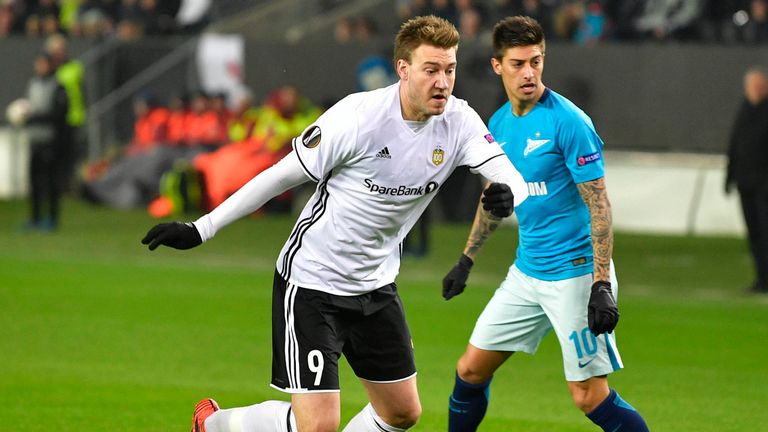 Bendtner in action for Rosenborg in the Europa League