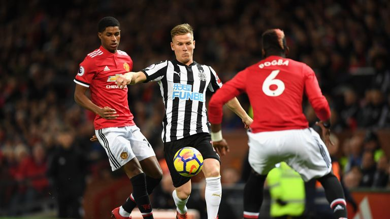 Man utd 4 1 newcastle match report highlights matt ritchie takes on marcus rashford and paul pogba voltagebd Image collections