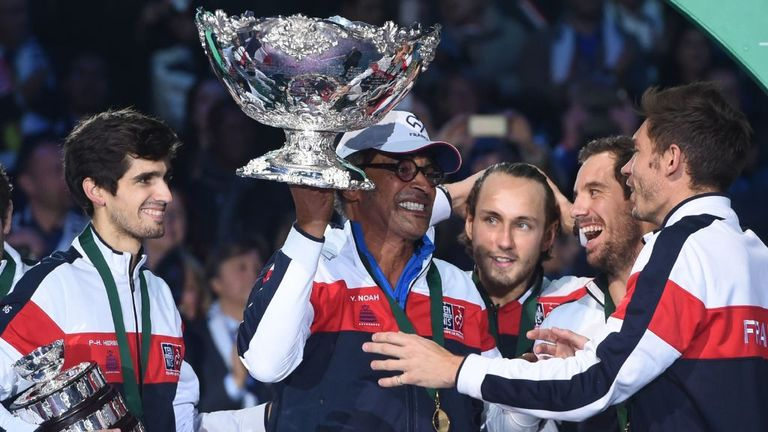 France celebrate winning the Davis Cup for a 10th time