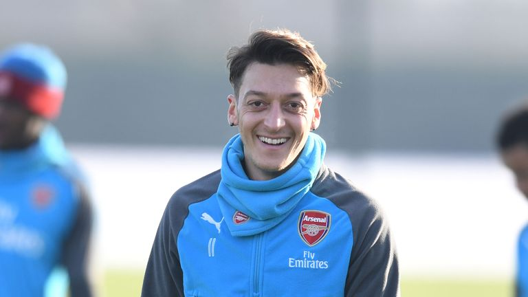 Mesut Ozil wants to extend his stay at Arsenal, says boss Arsene Wenger