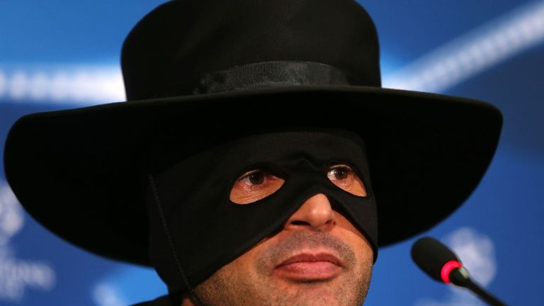 Fonseca promised to wear the Zorro mask if Shakhtar made the last 16 of the Champions League