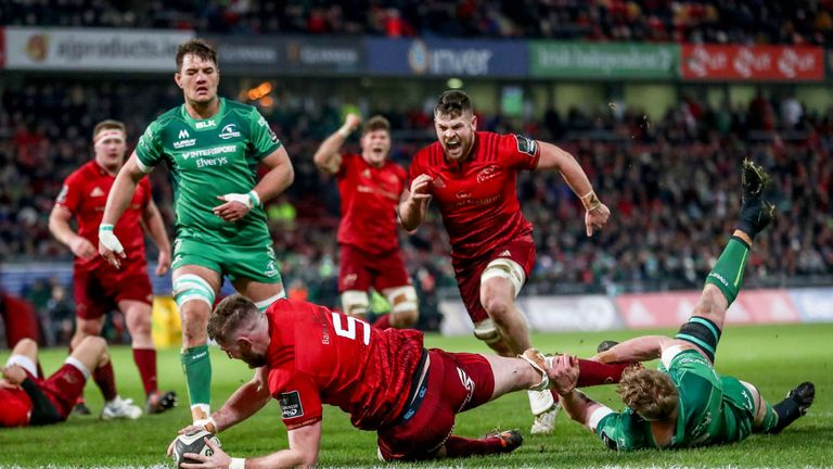 Munster got back to winning ways with a five-try home victory