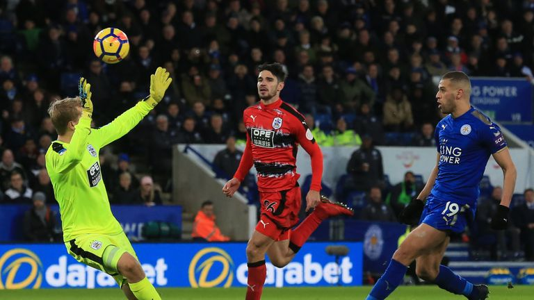 Islam Slimani may have to leave Leicester this month - Claude Puel