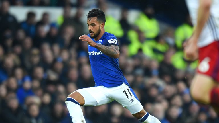 Theo Walcott played apart in Everton's equaliser on his debut