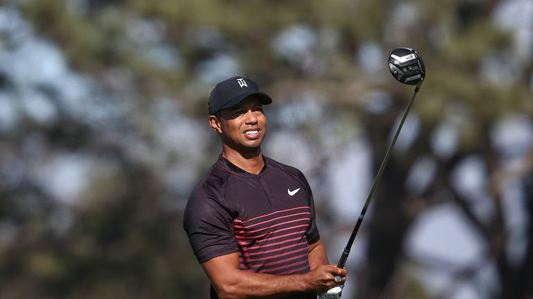 tiger woods level par as tony finau sets early pace at