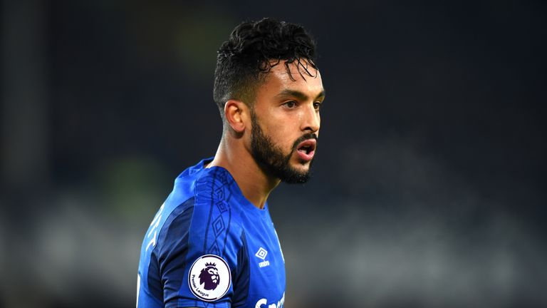 Theo Walcott starts for Everton against West Bromwich Albion