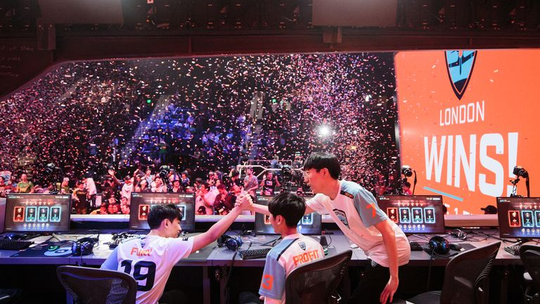 The winning moment for London Spitfire (credit: Robert Paul for Blizzard Entertainment)