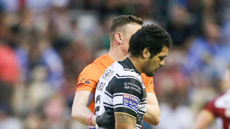 Hull lost Bureta Faraimo to injury after two minutes