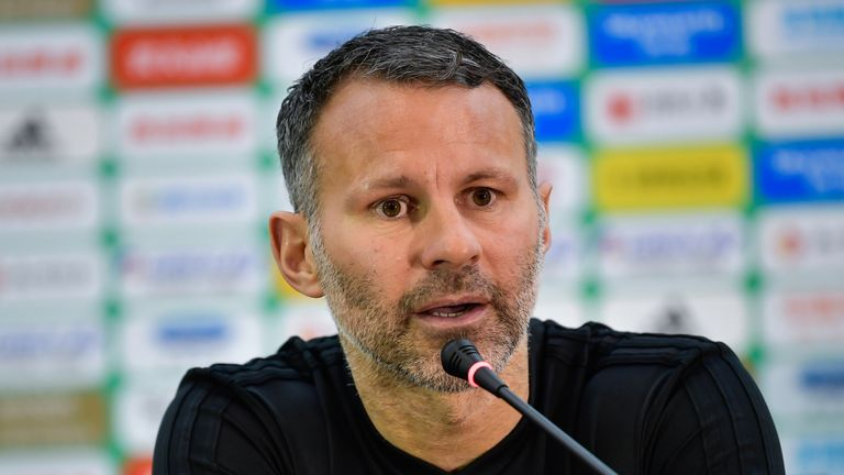 Ryan Giggs says he was taught a valuable lesson by All Blacks great Dan Carter