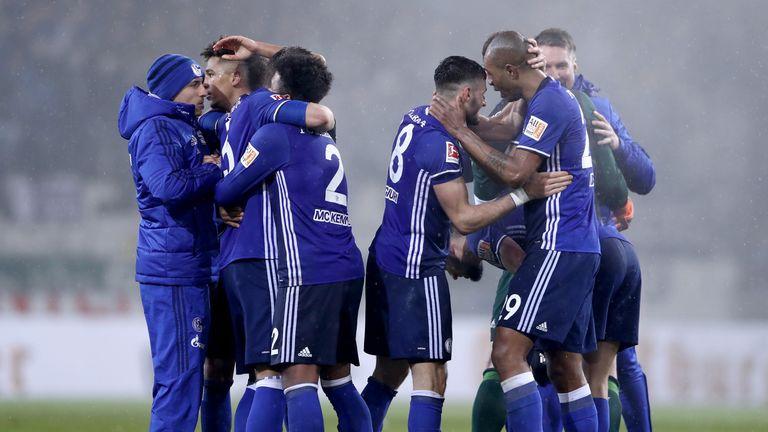Schalke secured a 1-0 win at Mainz