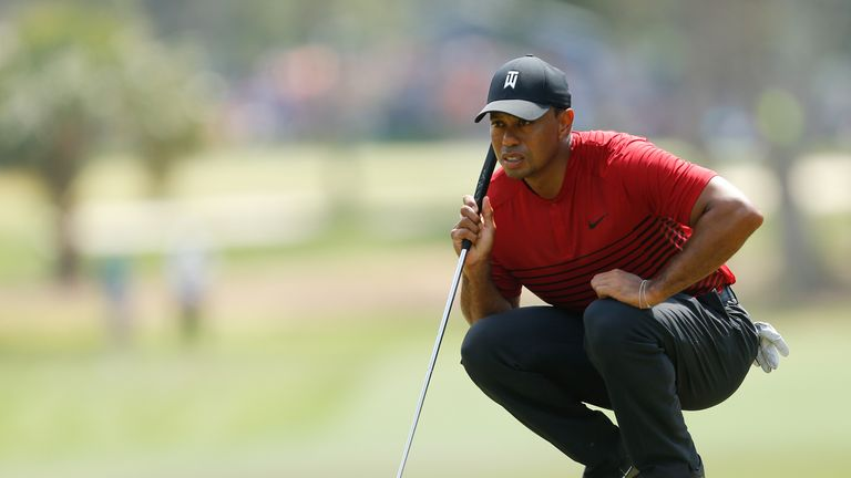 Tiger Woods mixed two birdies with a sole blemish