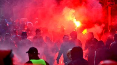 fifa live scores -                               Marseille fans injure security guards