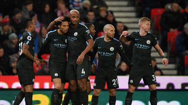 fifa live scores - Manchester City's Vincent Kompany eyes title-clinching win at Etihad