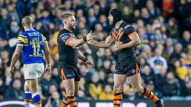 Castleford survived a Leeds fightback to clinch victory at Elland Road