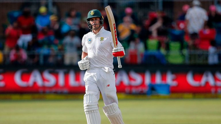AB de Villiers celebrates bringing up his fifty for South Africa on day two of the second Test against Australia