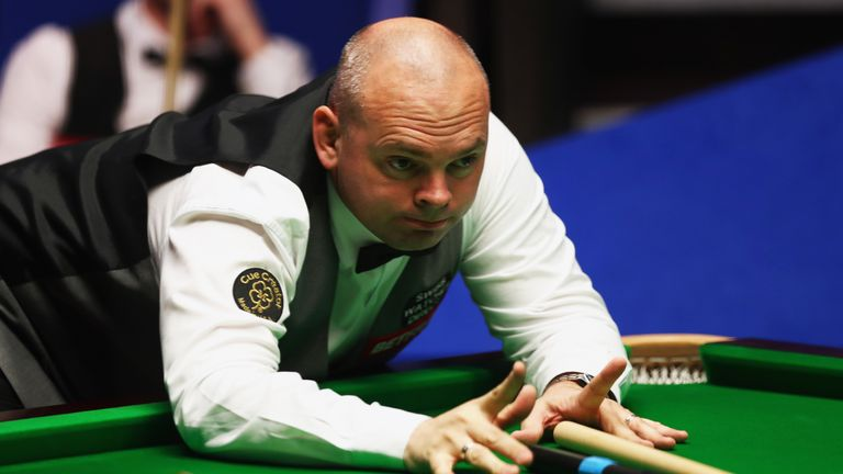 Stuart Bingham came close to the first maximum break at the Crucible for six years