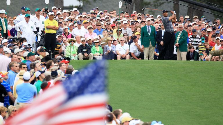 Woods still drew the crowds as he returned to action in the 2010 Masters