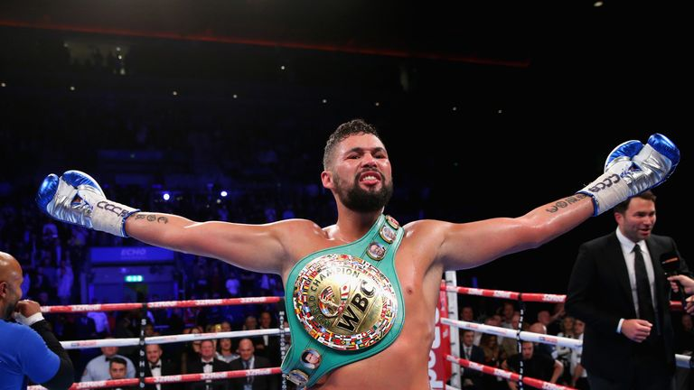 Hearn: Tony Bellew Wants Usyk Fight at Cruiserweight