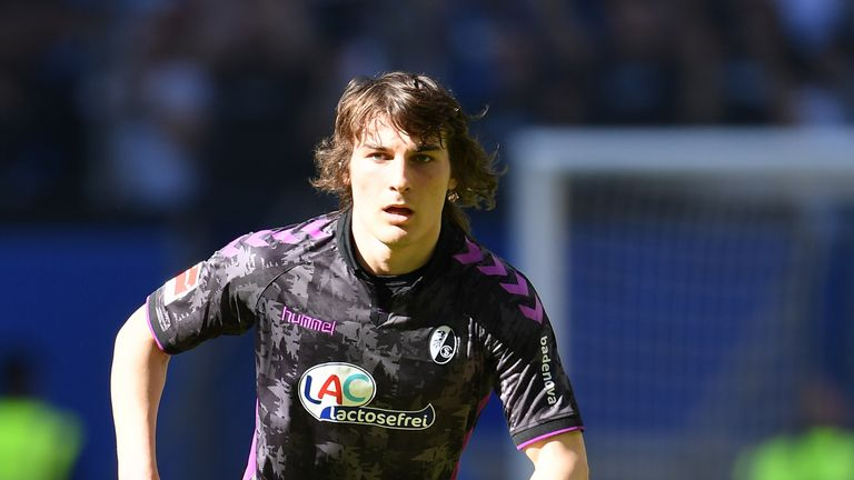 Arsenal ready to pay £35m for Freiburg defender Caglar Soyuncu