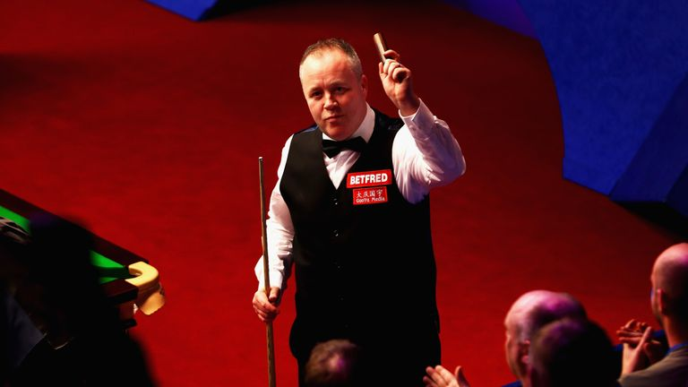 John Higgins beat Judd Trump in a thriller to reach the semi-finals in Sheffield
