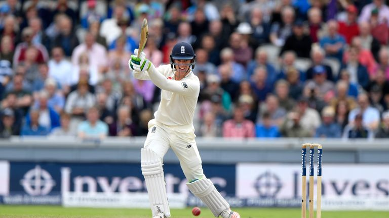 Headingley Test: Pakistan collapse gives England early edge