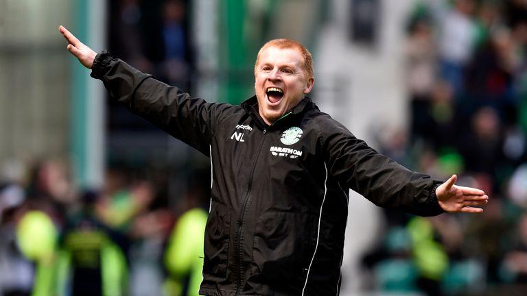 Hibernian manager Neil Lennon celebrates as Jamie MacLaren makes it 5-5 against Rangers