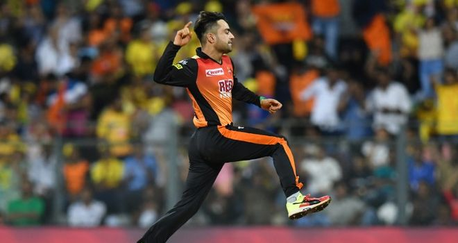 IPL Playoffs: MS Dhoni's 'Trademark Style' Followed By Faf Du Plessis