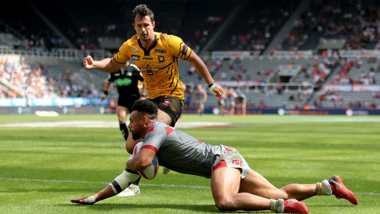 Catalans Dragons' Jodie Broughton scores his second try against Salford