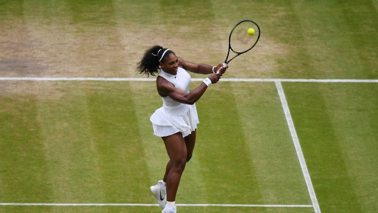 Serena Williams wins on Wimbledon return