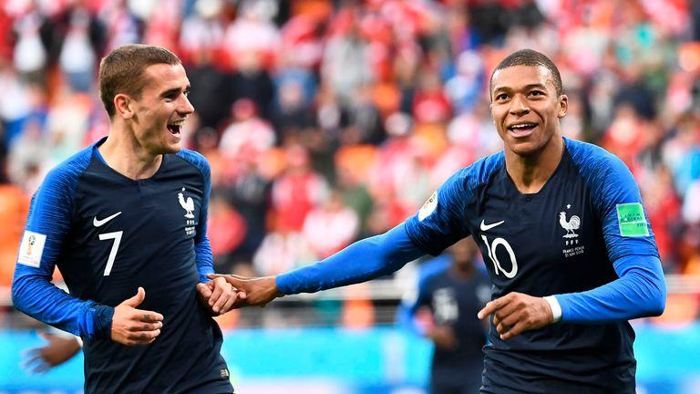 法国1-0秘鲁:Kylian Mbappe第一