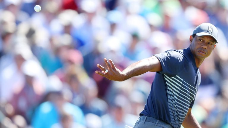 Tiger Woods is struggling to make the cut after an opening 78
