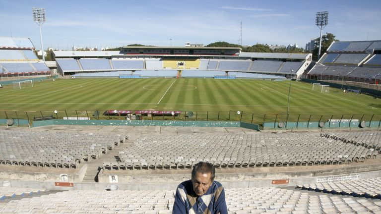 Alcides Ghiggia, the scorer of Uruguay's winning goal at the 1950 World Cup